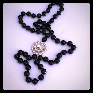 Ann Taylor Glass Bead Necklace